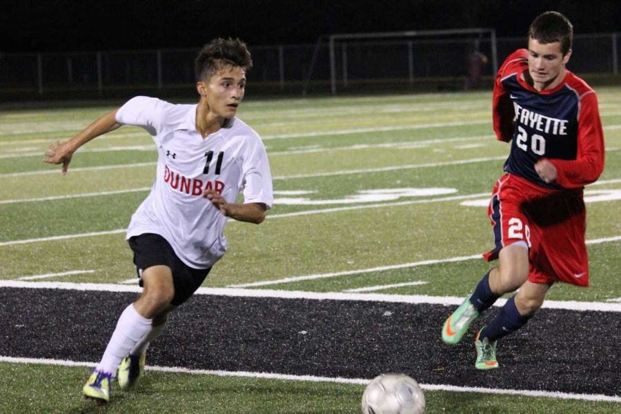 Boys' Soccer Puts Up a Fight at District Tournament