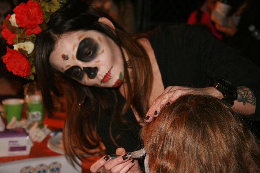 Dia de los Muertos: Honoring Those That Have Passed On