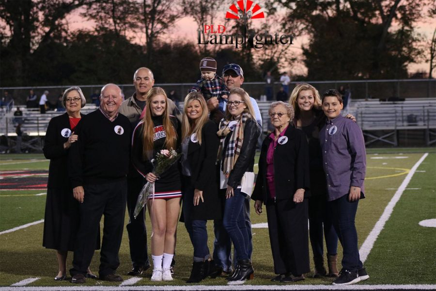 Maddie Carter poses with her family.