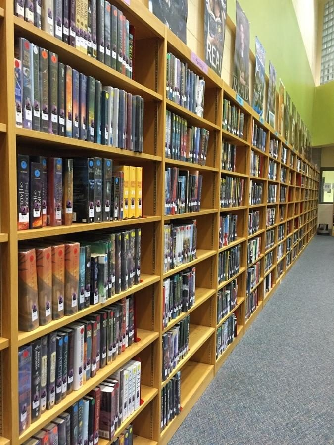 Paul Laurence Dunbar library has a circulation of over 55,000 books. The library is open all five lunches.