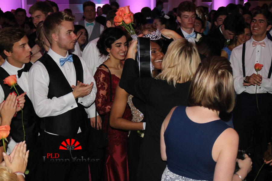 Nakaiya Mayberry was crowned Prom Queen.