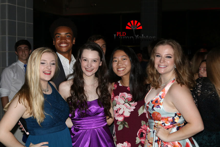 All smiles from Kayla Wall, Jamie Bradley, Angela Fu, and Mackenzie McConnell.