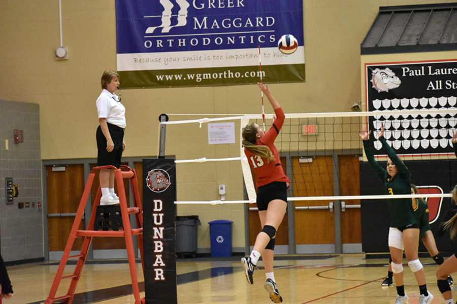 Volleyball Holds Winning Streak