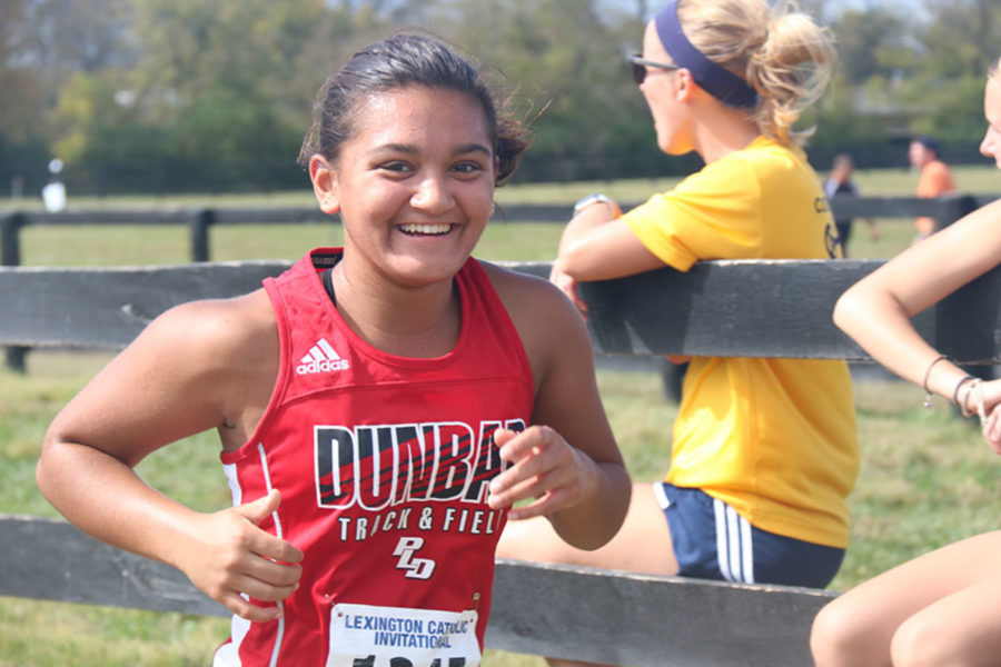 Cross Country competes at Invitational