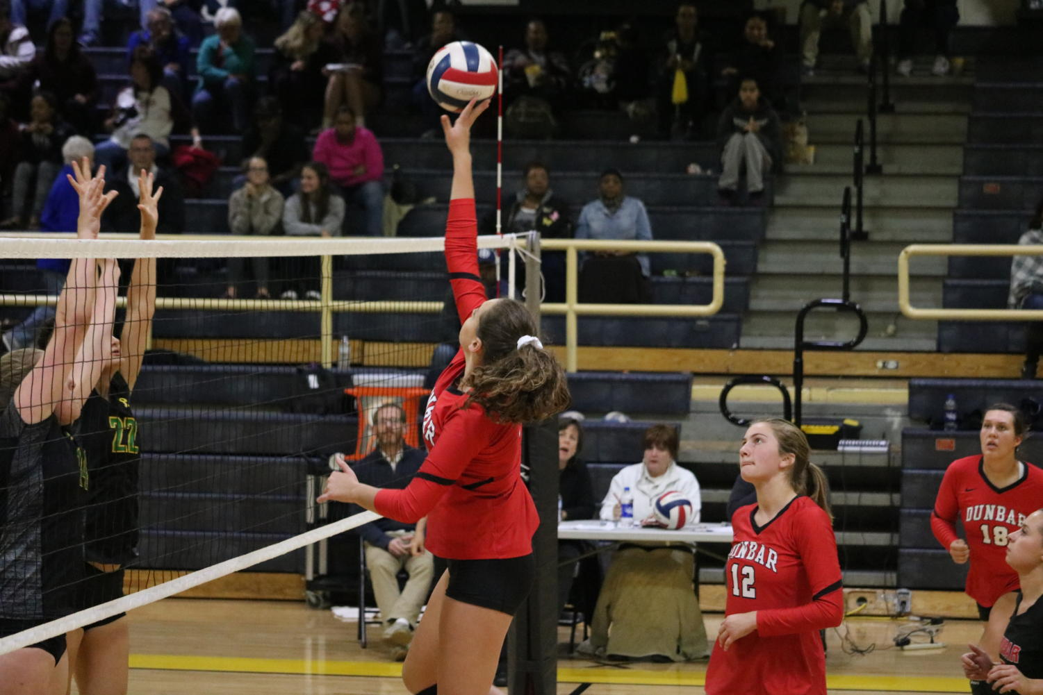 Volleyball Wins Region Semi-Finals Over Station