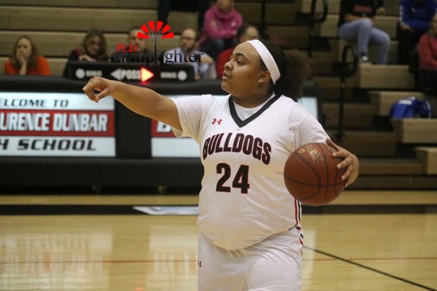 #24 Senior Anaiyah Cotton sets up the offense by calling out the play.