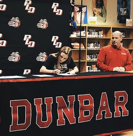 Elizabeth Lippert signs to Southern Indiana