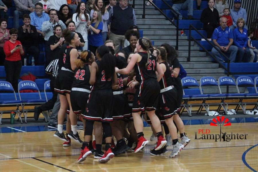 Dunbar celebrates their championship win.