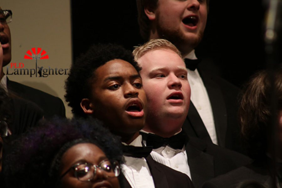 Senior Darren Edmond, a tenor, performing