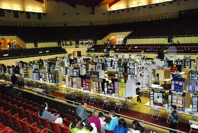 Dunbar Students Compete at State Science Fair