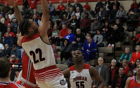 Dunbar Shoots The Lights Out On Senior Night