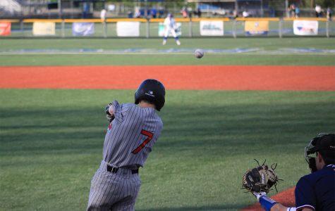 Dunbar Baseball Defeats Lex Cath in Headliner