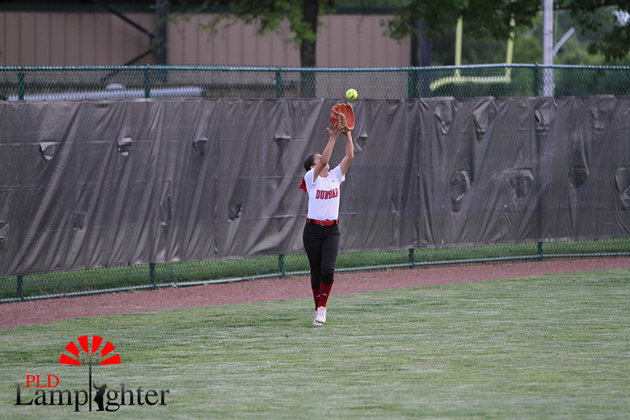 %239+Jasmin+Delira+catches+a+pop+fly+in+the+outfield+to+get+three+outs+and+change+innings.