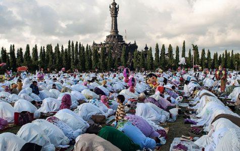 Muslim Students Beginning Ramadan