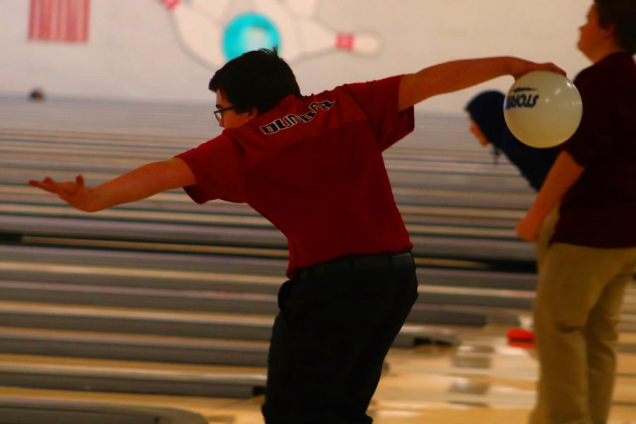 Dunbar's Charlie Smith bowls near perfect game in most matches.