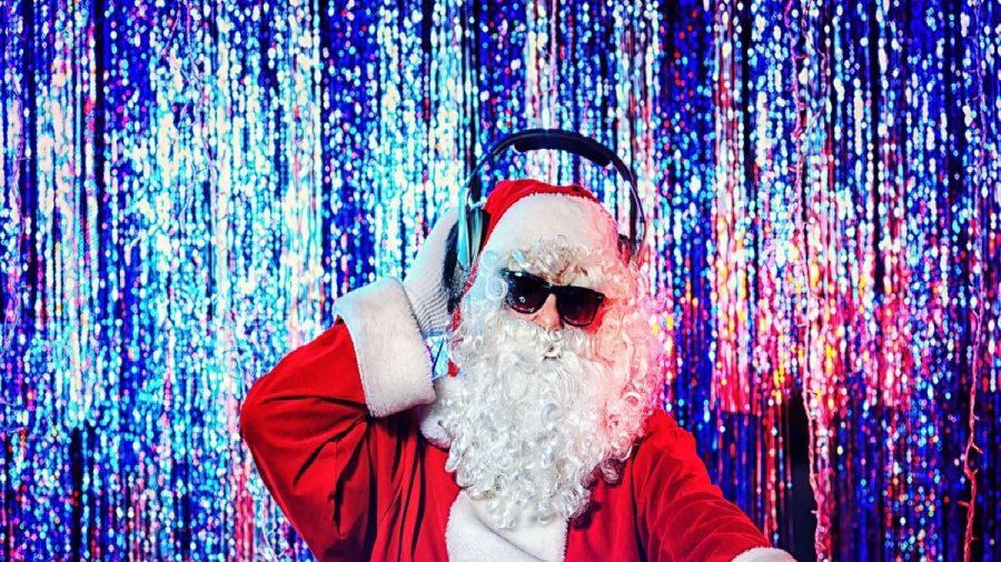 Santa enjoys a well-deserved  Christmas music break.
