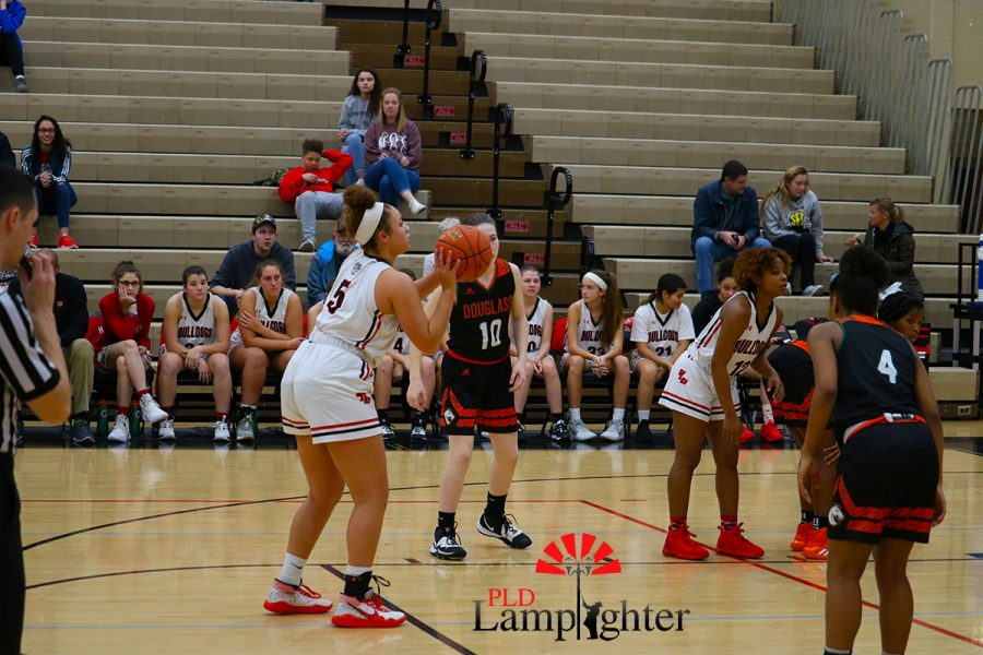Elise Ellison-Coons (#5) shooting a free throw in the beginning of the 2nd quarter.