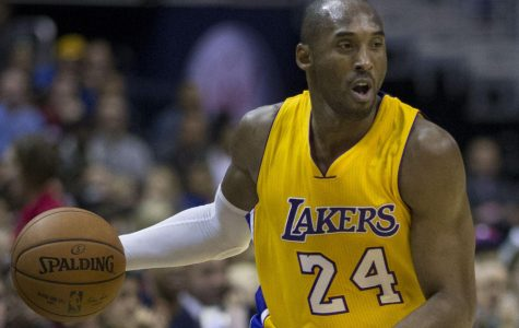 Kobe Bryant at a 2014 Lakers game against the Washington Wizards.