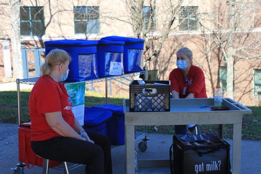 Mrs. Rhonda Lawson (left) and Ms. Charlotte Buckner deliver cafeteria meals on Mondays and Wednesdays.