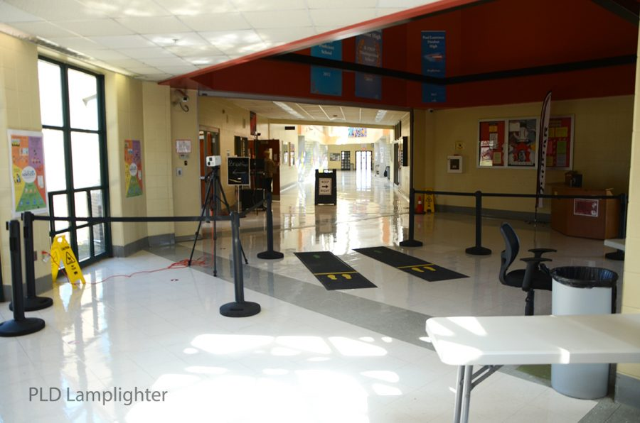 As you come into the school, past the metal detectors, you walk through this carefully laid out area to go to your classes.