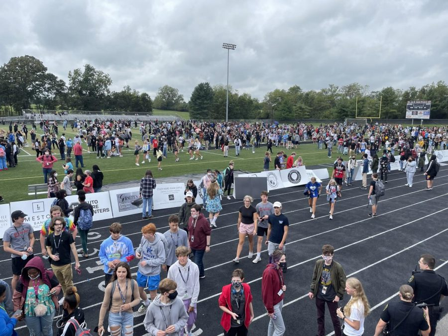 Students and faculty were first told to exit the building, so they were located behind the cafeteria, in the parking lot, and around the outside of the building. Around 20 minutes later, everyone was directed to gather at the football field.